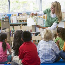 Fundamentals of Storytelling in Education for Teachers and Trainers